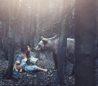 Girl And Two Bears In Forest By Rosie Hardy Photographer - Obrázkek zdarma pro 320x320