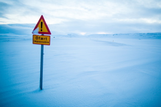Winter Warning Sign - Fondos de pantalla gratis