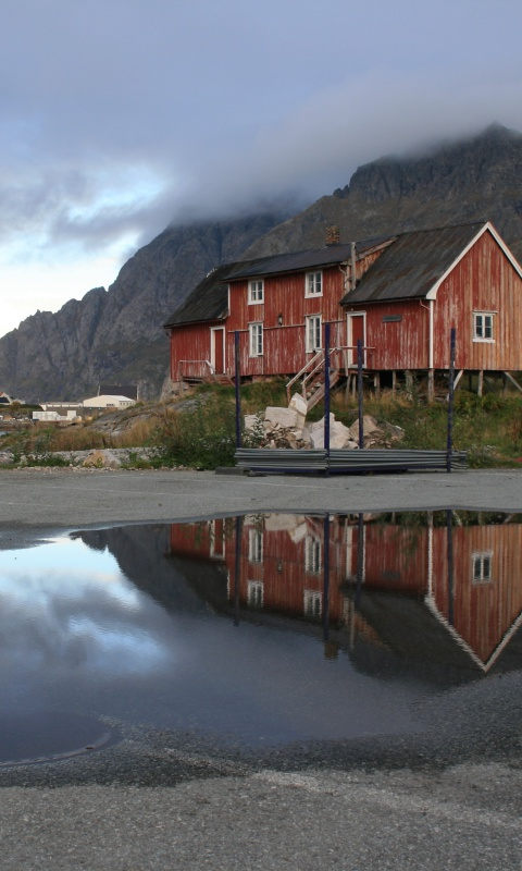 Screenshot №1 pro téma Norway City Lofoten with Puddles 480x800
