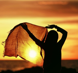 Girl Silhouette At Sunset - Fondos de pantalla gratis para iPad 2