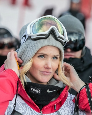 Silje Norendal Norwegian snowboarder Picture for Nokia C-5 5MP