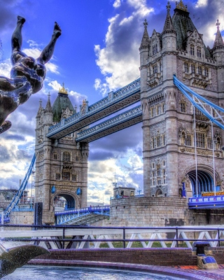 Tower Bridge in London Background for Nokia Asha 310