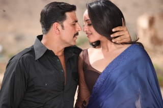 Akshay Kumar Sonakshi Sinha Picture for Android, iPhone and iPad