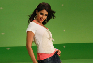 Genelia D'Souza Picture for Android, iPhone and iPad
