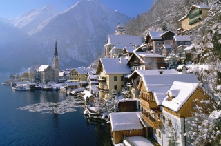 Hallstatt In Austria Background for Android, iPhone and iPad