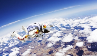 Red Bull Skydiver Picture for Samsung I9080 Galaxy Grand