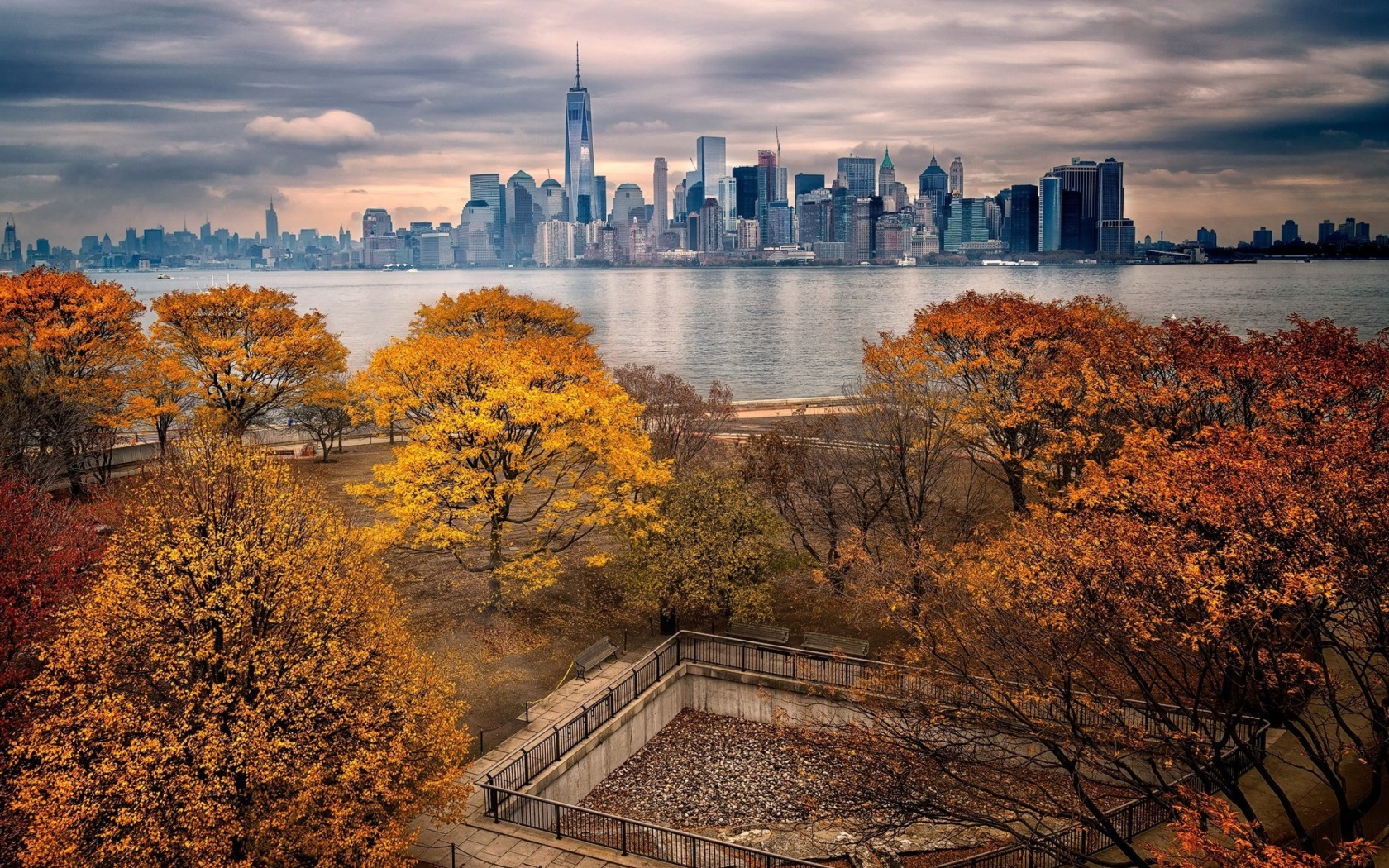 Screenshot №1 pro téma Manhattan Autumn 1680x1050