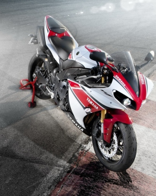 Yamaha R1 Background for Nokia C1-02