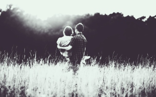 Couple In Love Monochrome Background for Android, iPhone and iPad