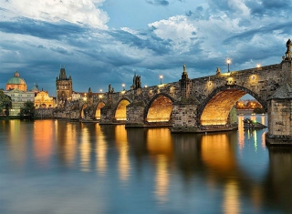 Charles Bridge - Czech Republic Background for Android, iPhone and iPad