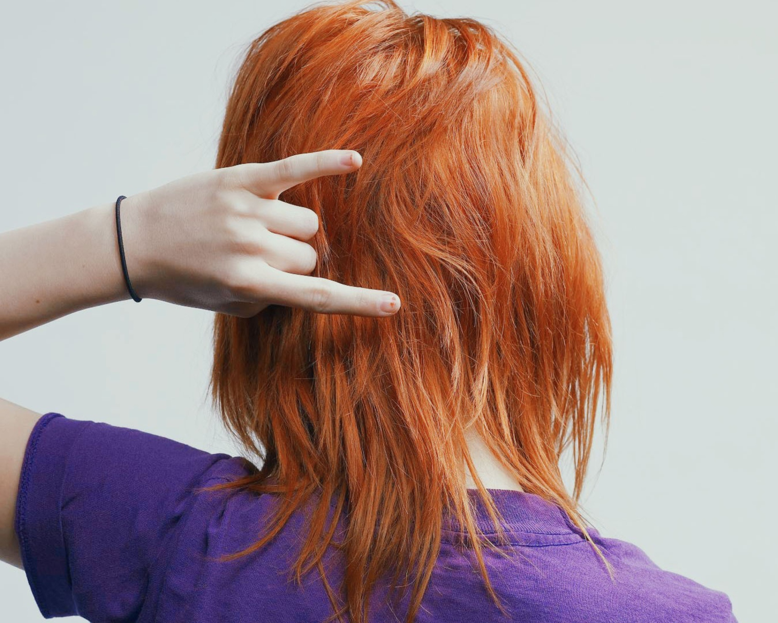 Фотографии девушек с рыжими волосами со спины, Рыжие девушки со спины (36 фото) 11 фотография
