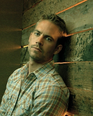 Paul Walker in Furious 7 Background for Nokia Asha 306