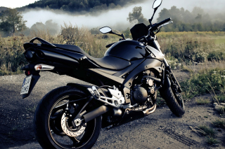 Suzuki GSXR 600 Bike Wallpaper for Samsung Ch@t 335