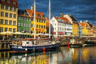 Copenhagen Background for Android, iPhone and iPad