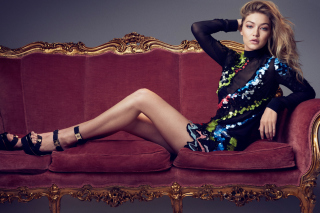Free Gigi Hadid TopModel on Sofa Picture for Android, iPhone and iPad