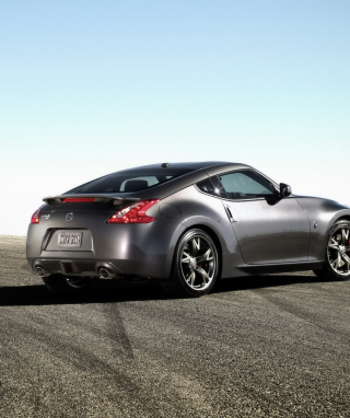 Nissan 370Z Picture for iPhone 6 Plus