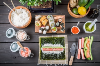 Japanese Sushi sfondi gratuiti per cellulari Android, iPhone, iPad e desktop