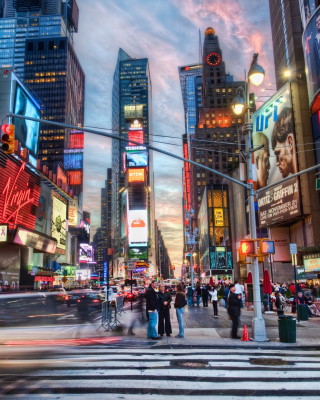 Free New York City Times Square Picture for iPhone 5C