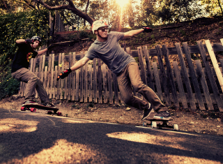 Free Skateboarding Picture for Android, iPhone and iPad