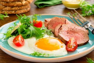 Scrambled eggs and ham sfondi gratuiti per 1920x1408