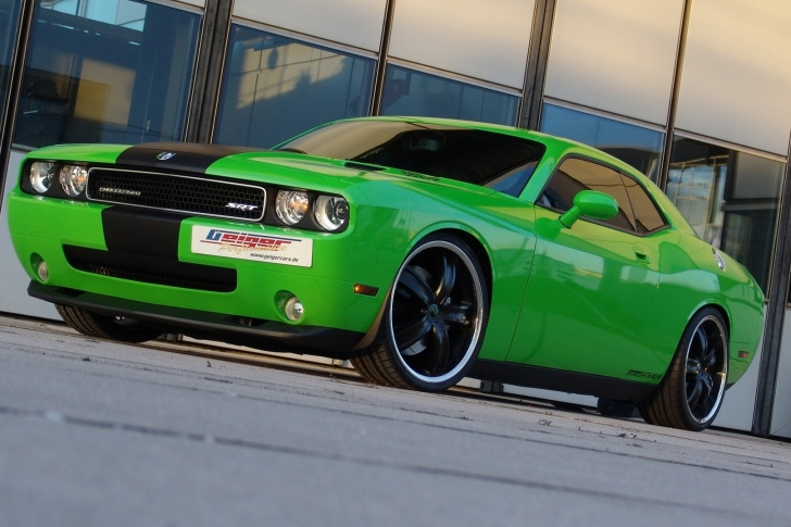 2011 Dodge Challenger SRT8 392 wallpaper