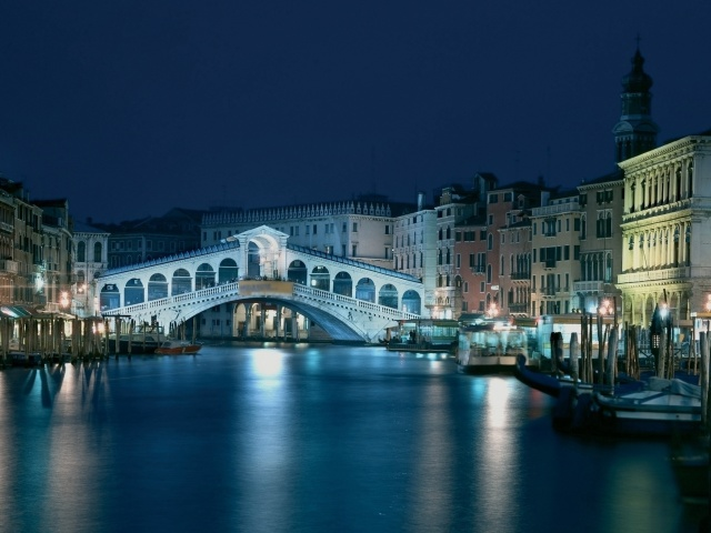 Screenshot №1 pro téma Night in Venice Grand Canal 640x480