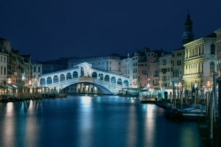 Night in Venice Grand Canal Background for 1680x1050
