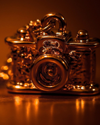 Vintage Golden Camera sfondi gratuiti per iPhone 4S
