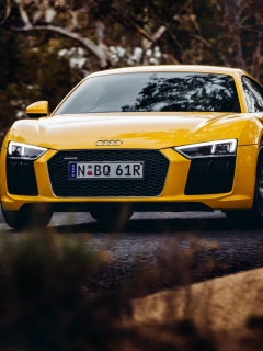 Screenshot №1 pro téma Audi R8 V10 Plus Yellow Body Color 240x320