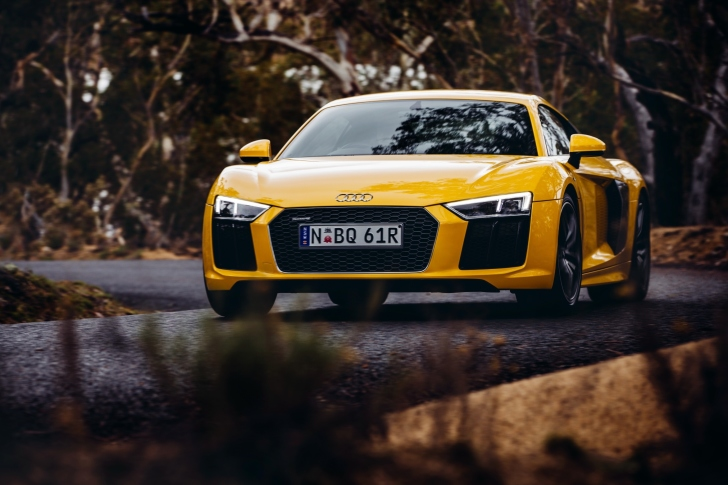 Audi R8 V10 Plus Yellow Body Color wallpaper