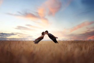 Couple Kiss Bokeh Background for Android, iPhone and iPad