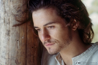 Orlando Bloom Background for Android, iPhone and iPad