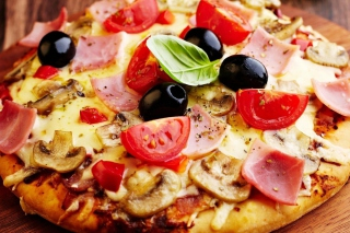 Italian Pizza Background for Android, iPhone and iPad