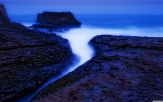 Davenport Beach Twilight Picture for Android, iPhone and iPad