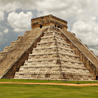 One of the 7 Wonders of the World Chichen Itza Pyramid - Obrázkek zdarma pro iPad Air