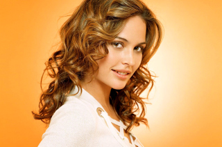 Free Josie Maran Picture for Android, iPhone and iPad