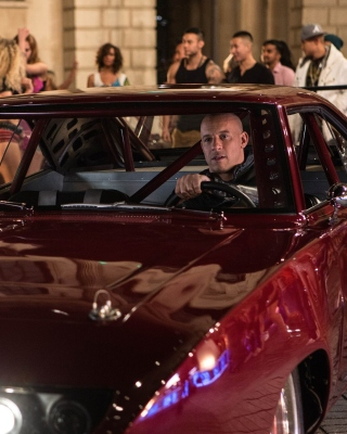 Dominic Toretto FAST 6 Wallpaper for Nokia Asha 306