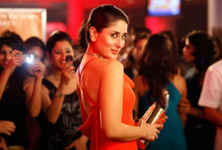 Free Kareena Kapoor Picture for Android, iPhone and iPad