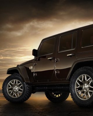 Jeep Wrangler Rubicon hardtop Picture for iPhone 6 Plus