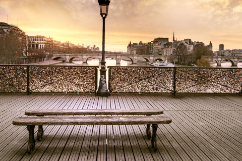 Bench In Paris para Samsung S5367 Galaxy Y TV
