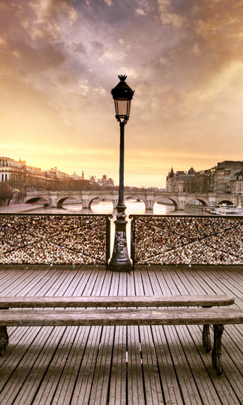 Bench In Paris per Nokia Lumia 800