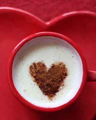 Small coffee mug and heart plate - Fondos de pantalla gratis para 320x480