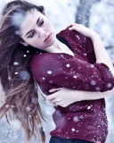 Girl from a winter poem wallpaper 128x160