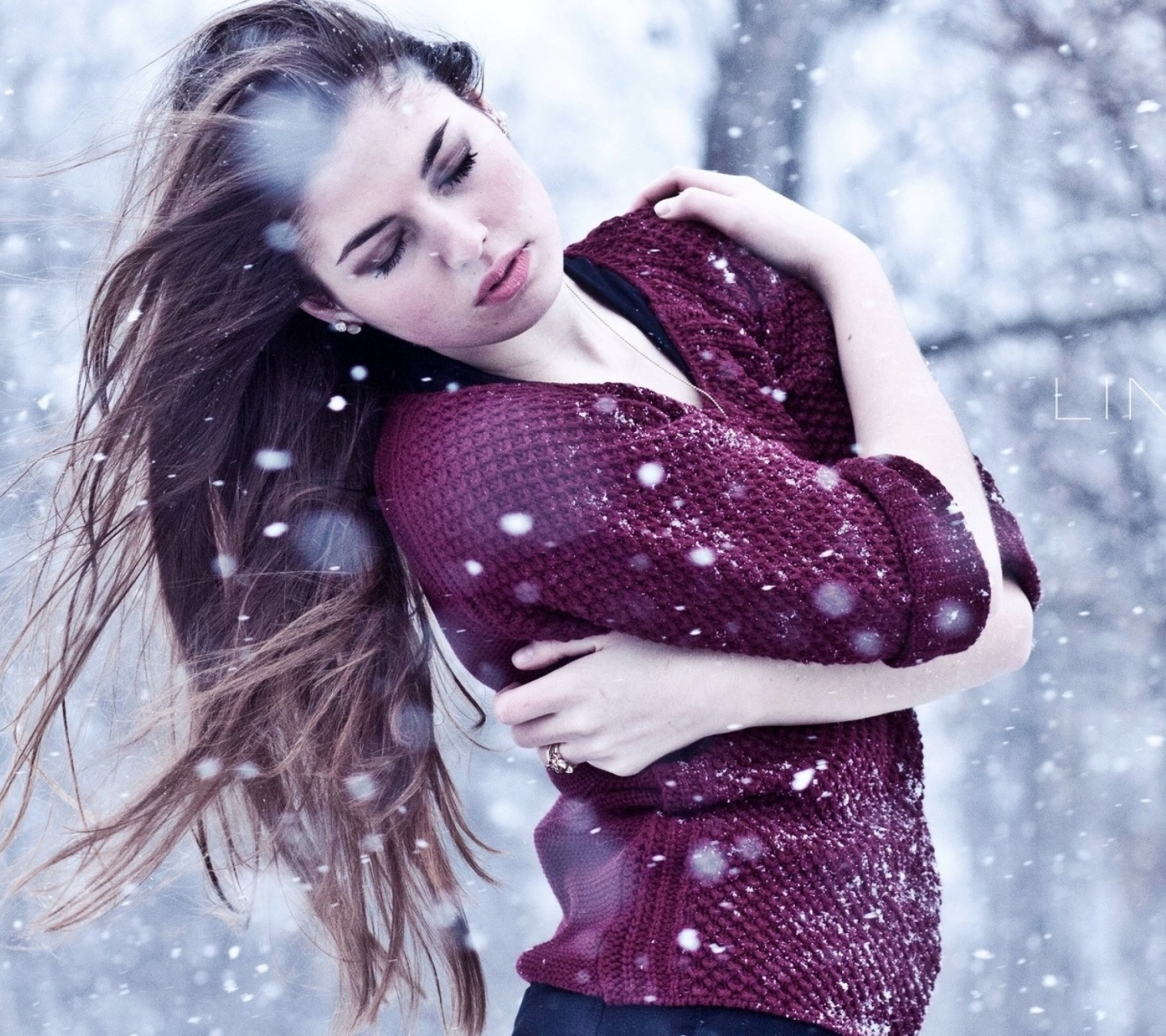 Screenshot №1 pro téma Girl from a winter poem 1440x1280