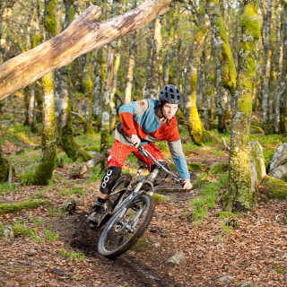 Mountainbike Background for iPad 2