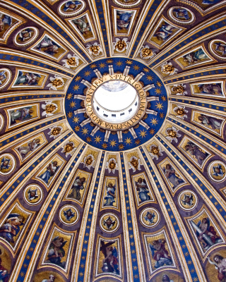 Free Papal Basilica of St Peter in the Vatican Picture for iPhone 5S