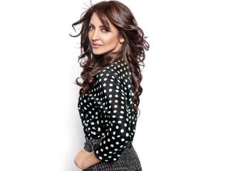 Anushka Sharma para LG 900g