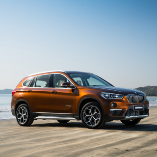 BMW X1 sfondi gratuiti per iPad mini
