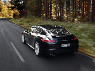Porsche Panamera Turbo wallpaper 320x240