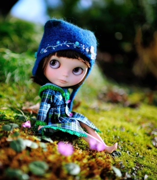 Cute Doll In Blue Hat Background for iPhone 6 Plus